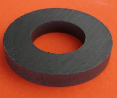 Strontium Ferrite Ceramic Magnet Rings.