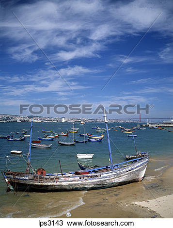 Stock Photo of 42 Portugal Lisbon Cacilhas Fishermen Boats And Rio.