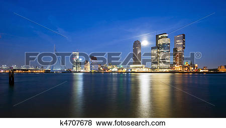 Pictures of Rotterdam and rising moon k4707678.