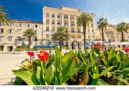 Pictures of Split Riva waterfront nature and architecture.