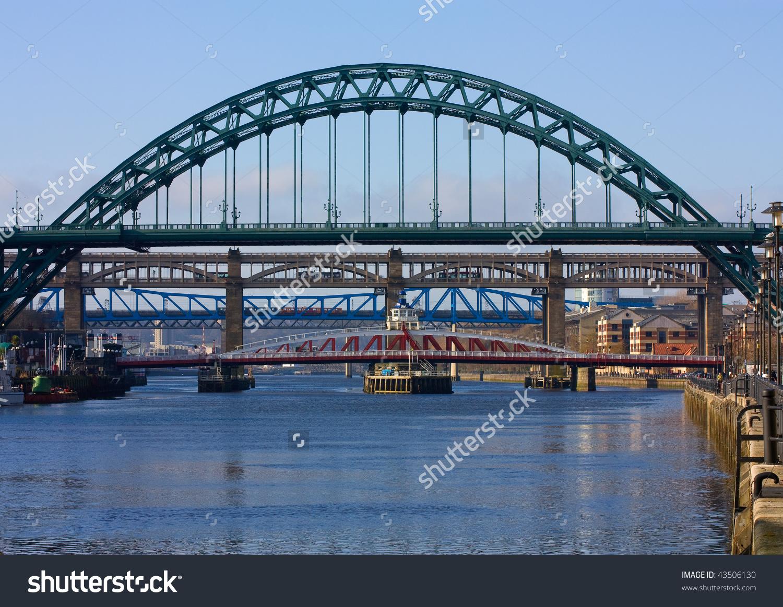 Classic View Iconic Tyne Bridge Spanning Stock Photo 43506130.
