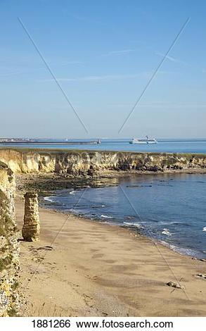 Stock Images of dfds ferry entering the river tyne; south shields.