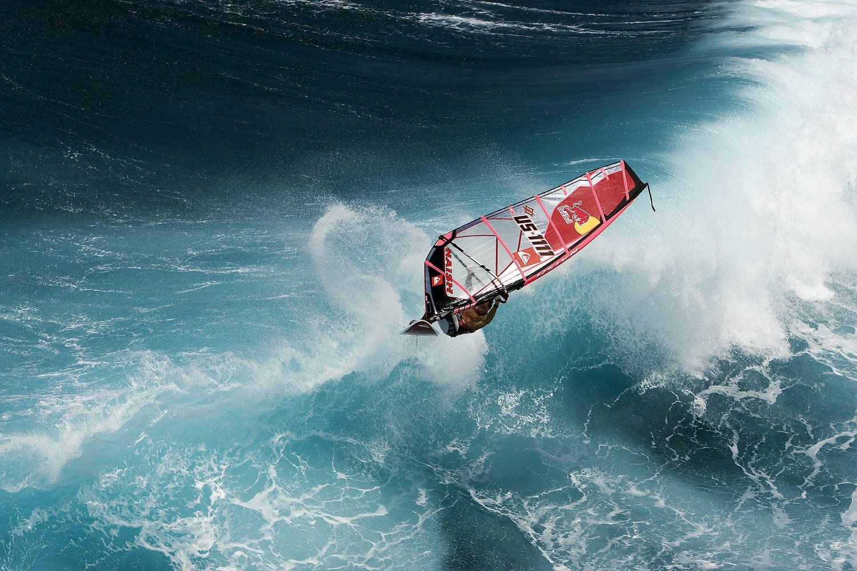 wind surfing sports.