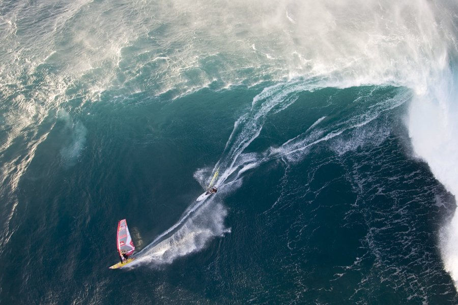 Ocean Defender » Talking story with Robby Naish.