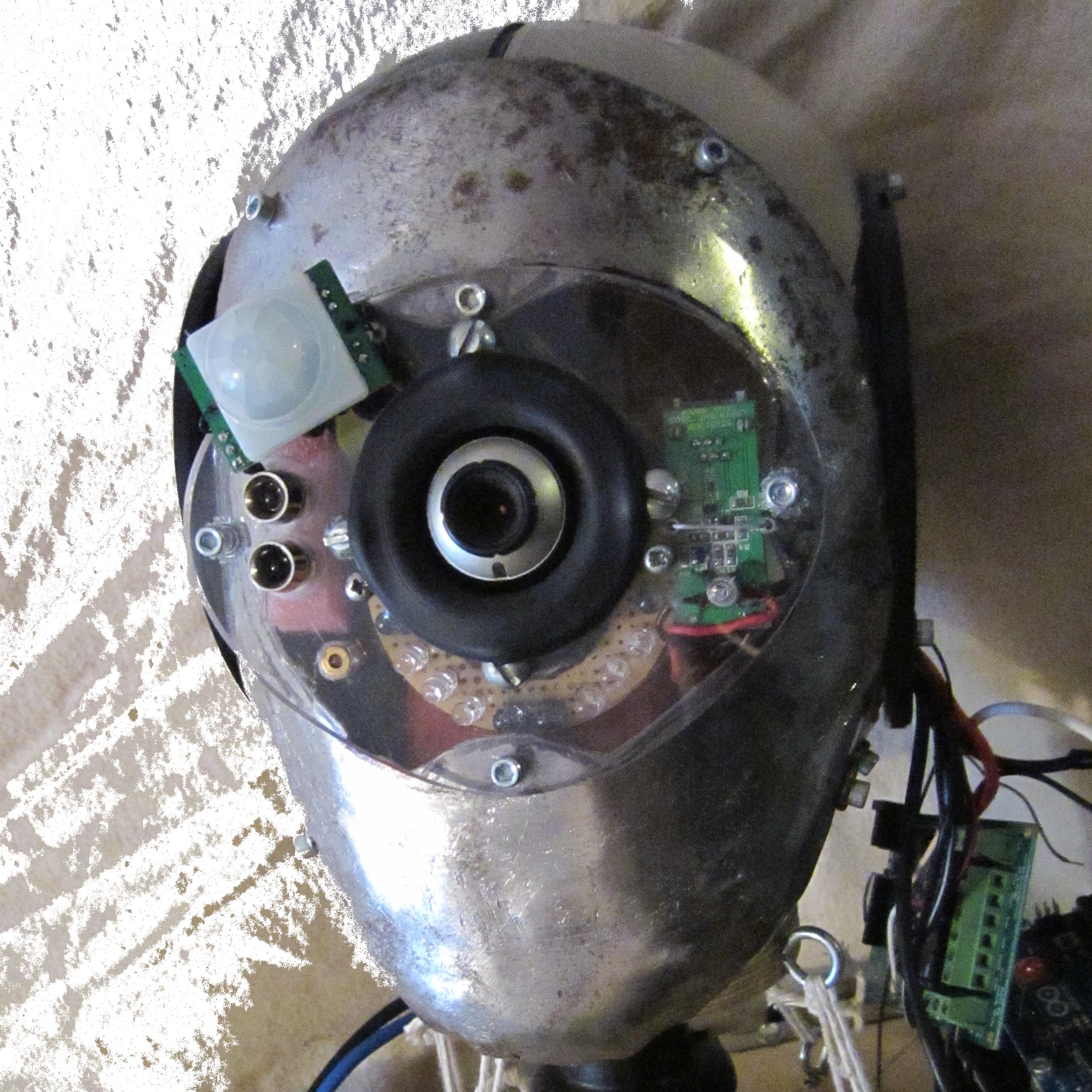 File:Salvius robot head.png.