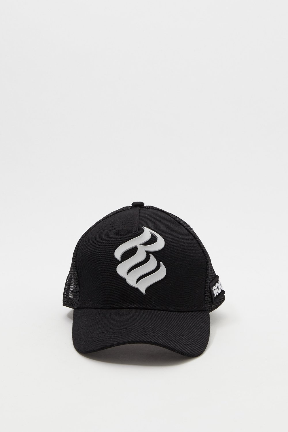 Boys Rocawear Logo Netted Baseball Hat.