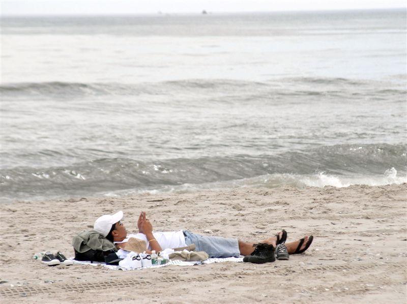 Rockaway Beach and Boardwalk : NYC Parks.