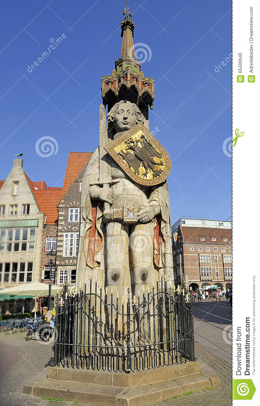 Statue Of Roland On The Market Square, Bremen, Germany Stock Photo.