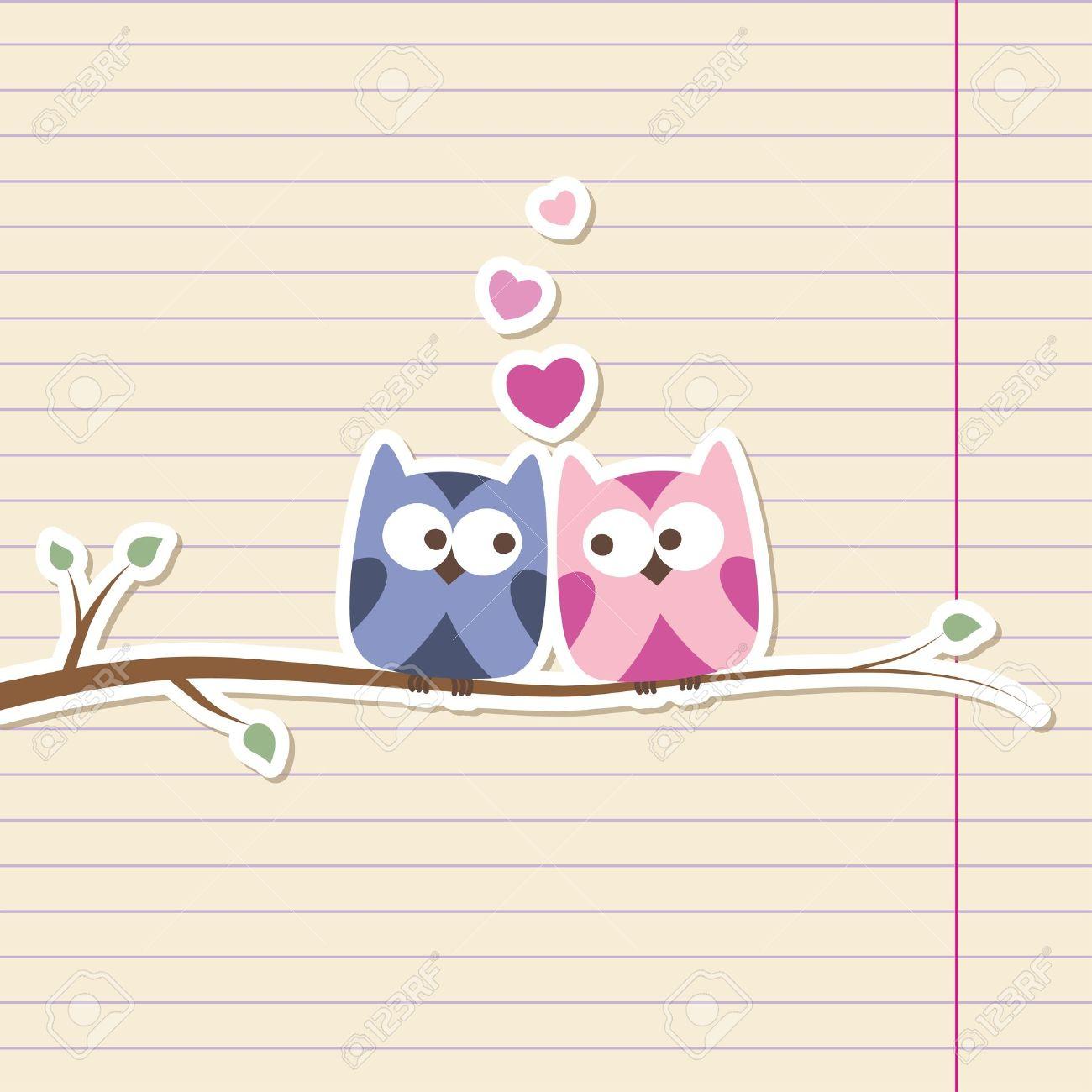 Due Gufi In Amore, Semplice Illustrazione Romantica Clipart.