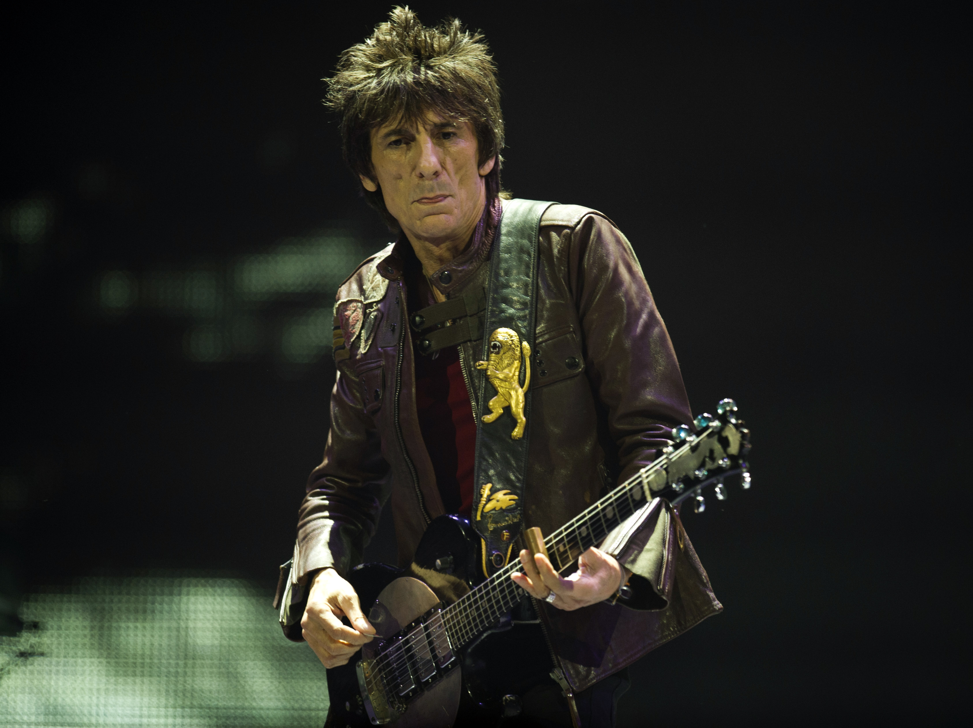 Ronniewood.