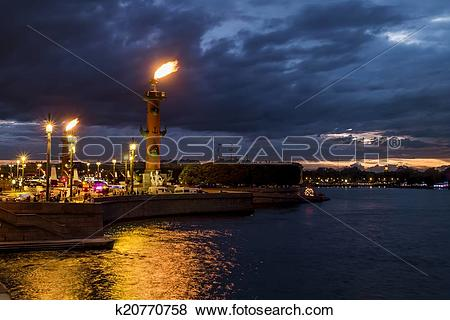 Pictures of Rostral columns lit by illumination of the white.