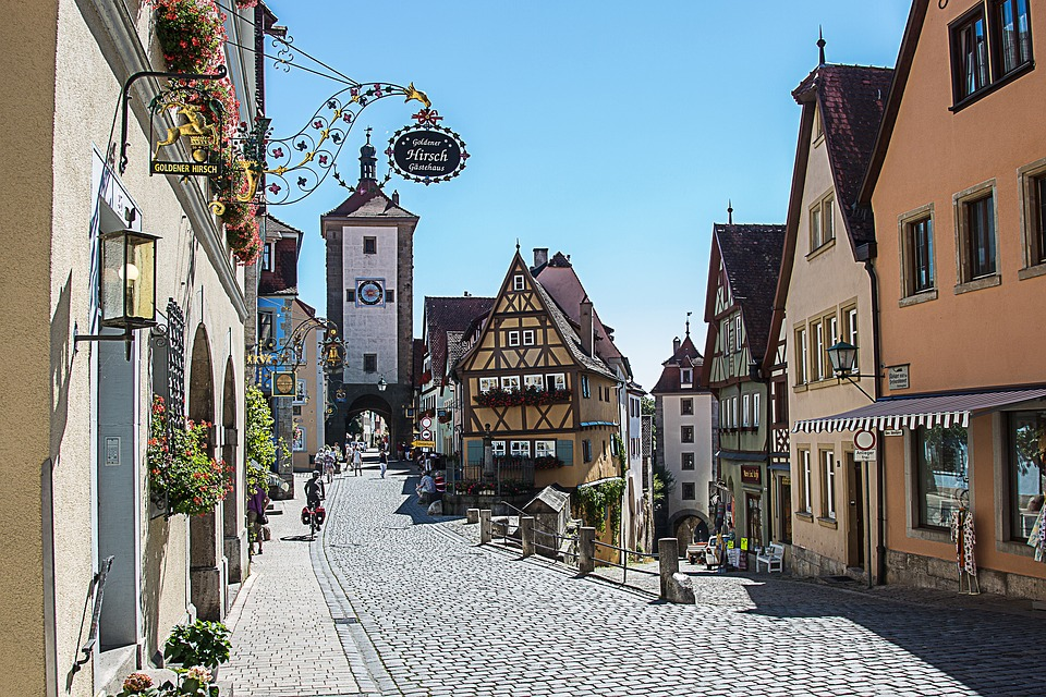 Free photo Plönlein Rothenburg Of The Deaf City Gate Truss.
