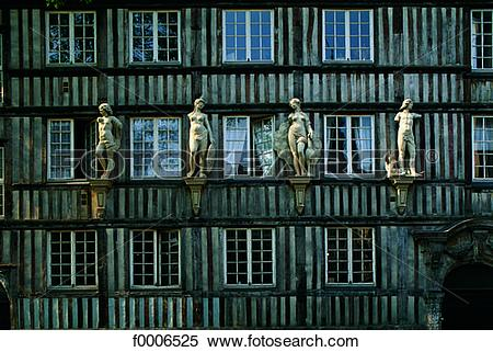 Stock Image of France, Normandy, House in Rouen f0006525.