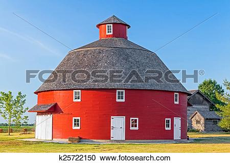 Stock Photography of Red Round Barn k25722150.