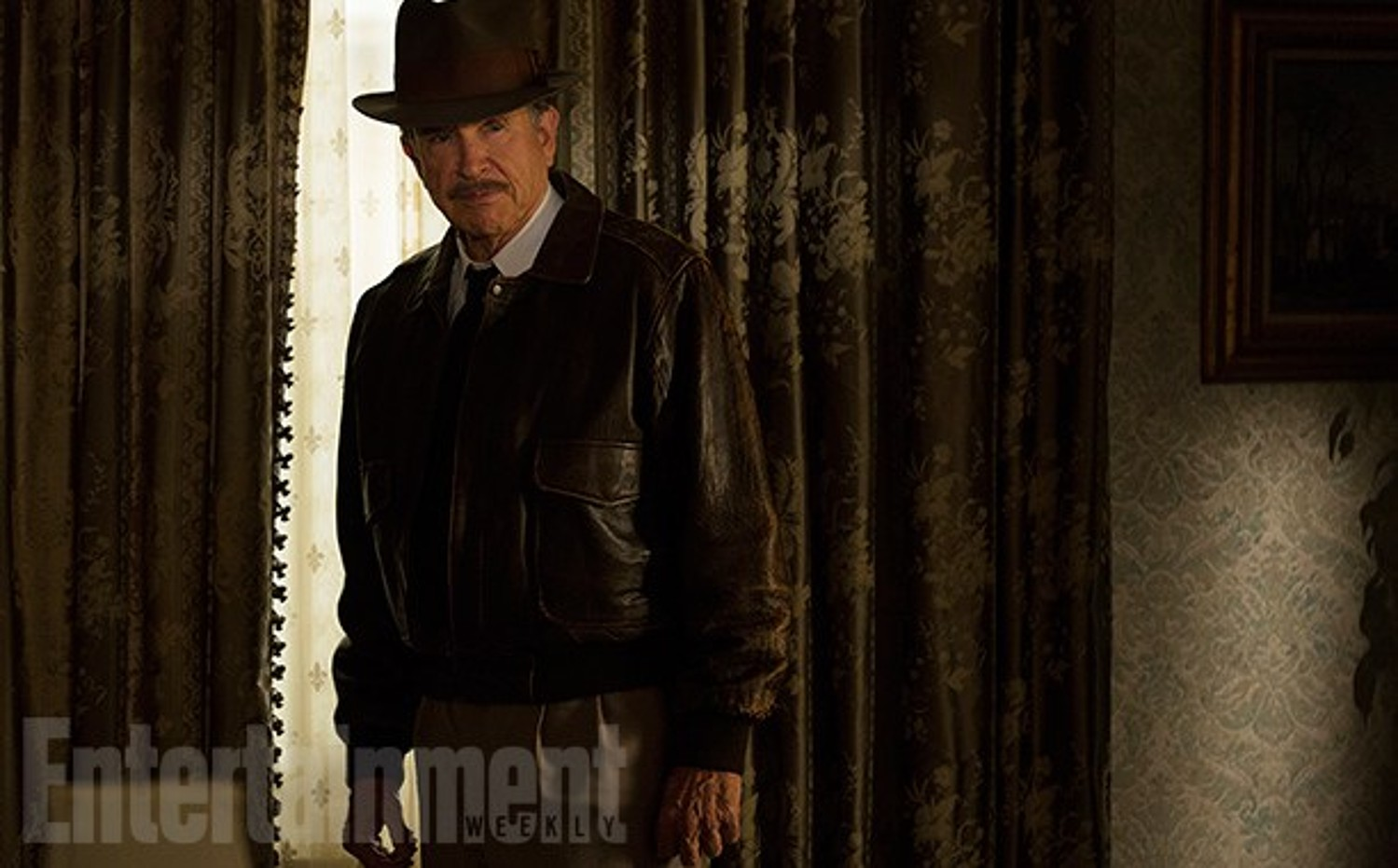 First Look at Warren Beatty's 'Rules Don't Apply'.