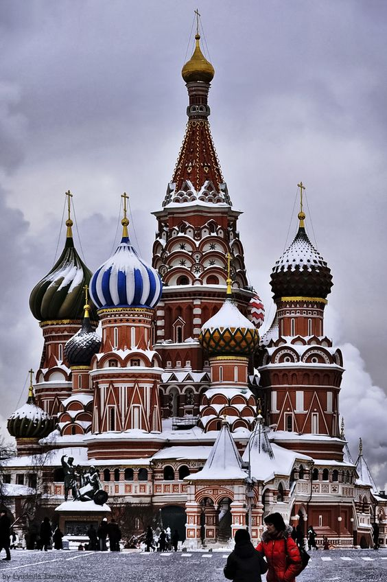 ♡ Love in Moscow ♡ Snowy St Basil's, Moscow, Russia.
