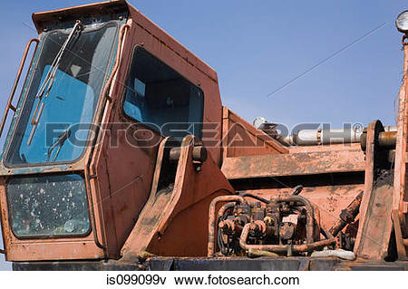 Picture of Rusty industrial truck is099099v.