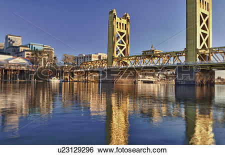 Stock Images of USA, California, Sacramento, tower bridge over.