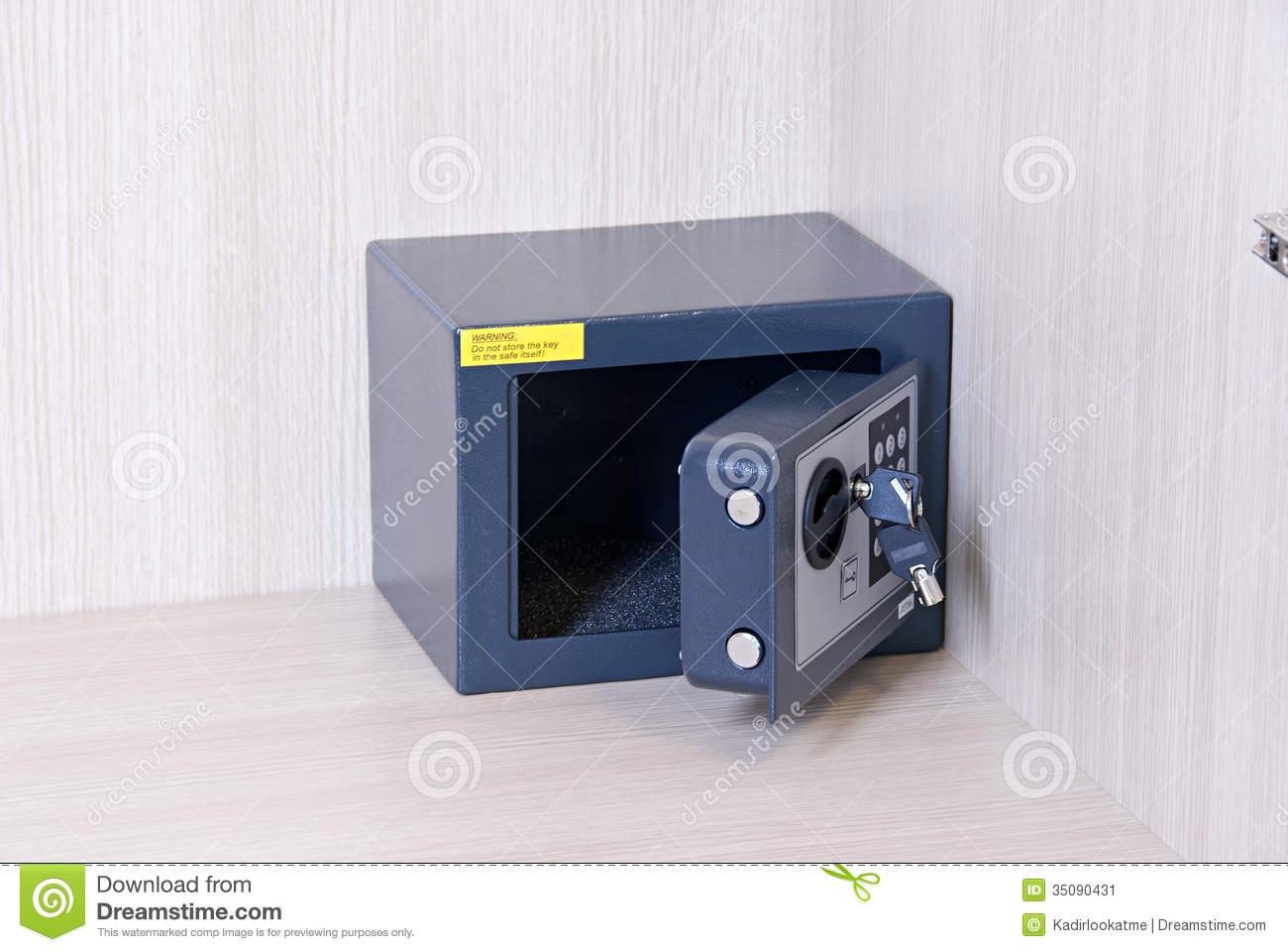 Secret locked box clipart.