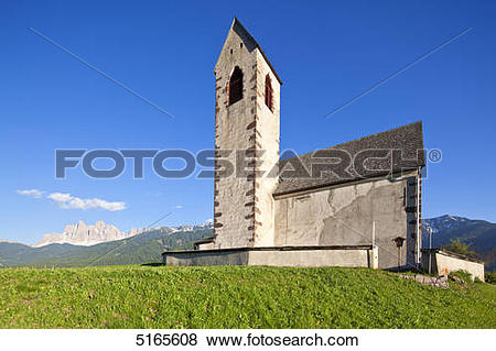 Pictures of Church St. Jakob am Joch in front of the.
