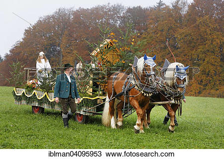 Stock Photo of Leonhardiritt procession, St. Leonhard am Wonneberg.