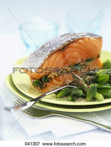 Picture of Salmon with mustard and mint sauce 041307.