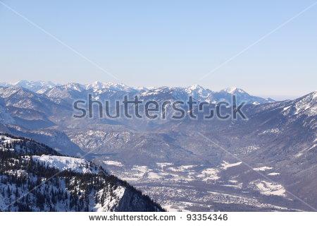 Untersberg Mountain Lizenzfreie Bilder und Vektorgrafiken kaufen.