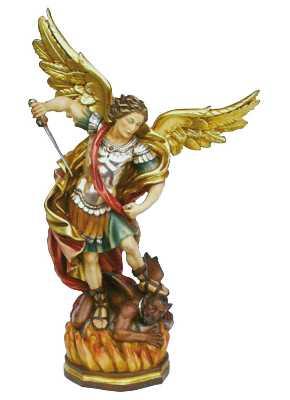 San michele arcangelo in legno intagliato e dipinto al naturale.