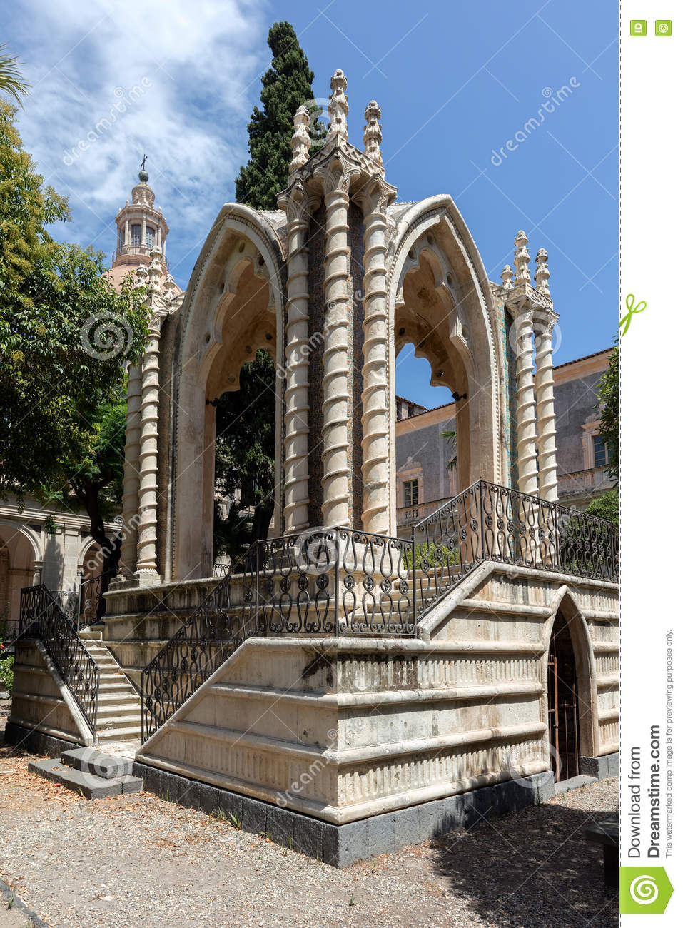 Gothic Pavilion In The Cloister Of San Nicolo L`Arena Stock Photo.