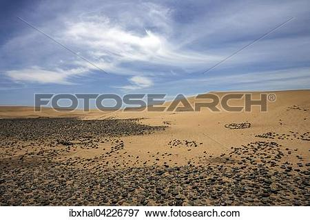 Picture of Dunes, sand dunes of Maspalomas, cloud formation, black.