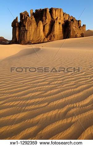 Stock Photograph of sandstone rock formation at Tin Akachaker.