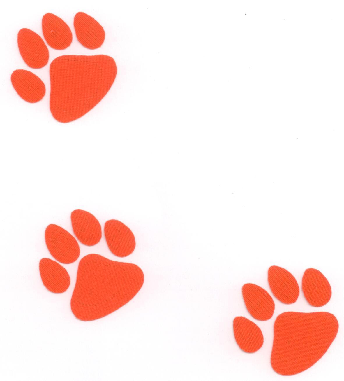 Bulldog Paw.