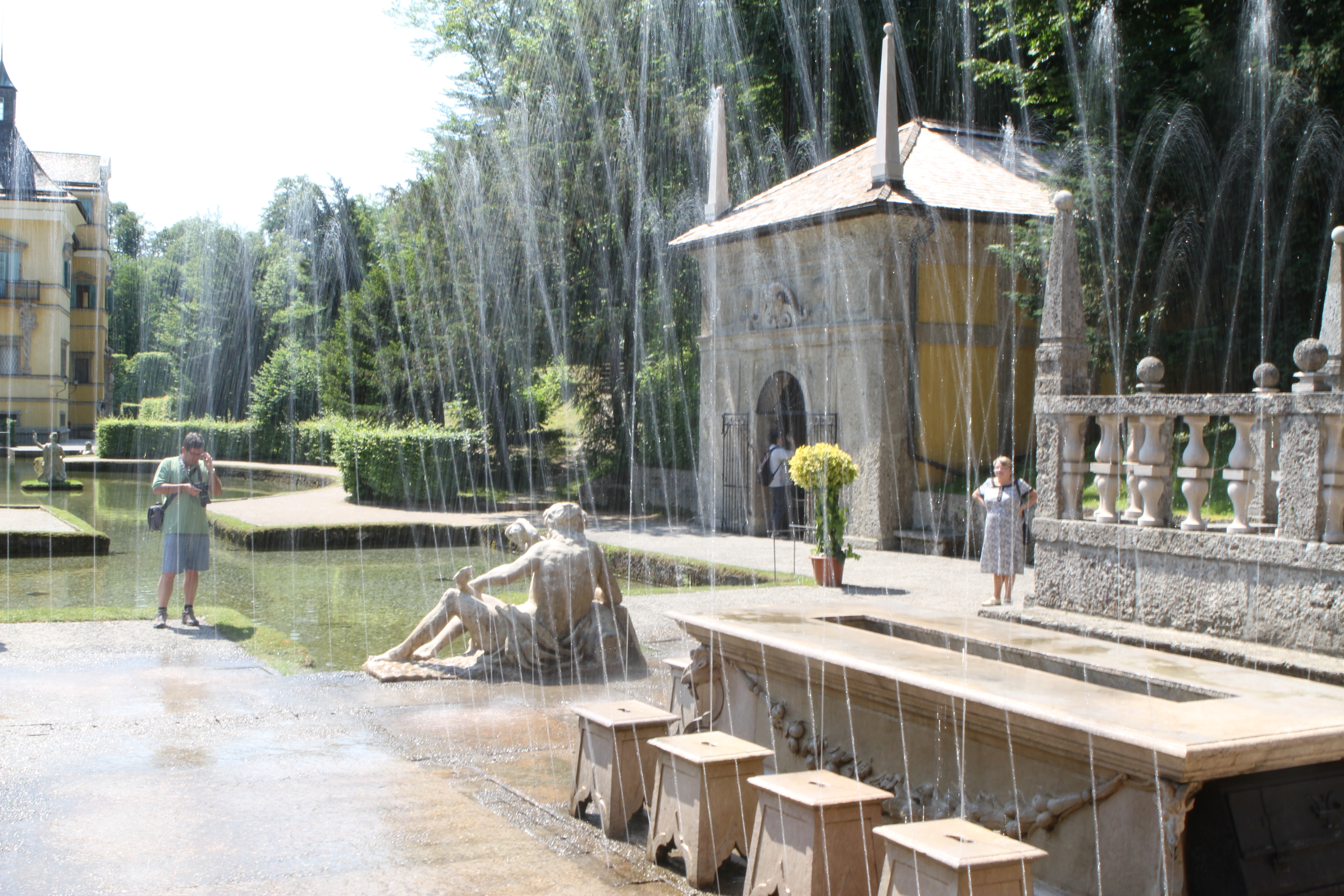 File:Schloss Hellbrunn IMG 3714 Wasserspiele.JPG.