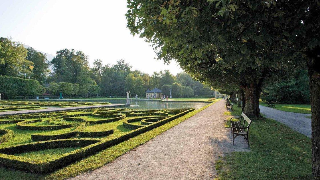 Hellbrunn Palace & Trick Fountains : salzburg.info.