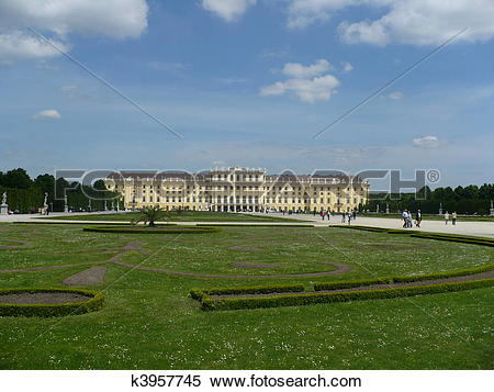 Stock Image of Schonbrunn Palace and Great Parterre k3957745.