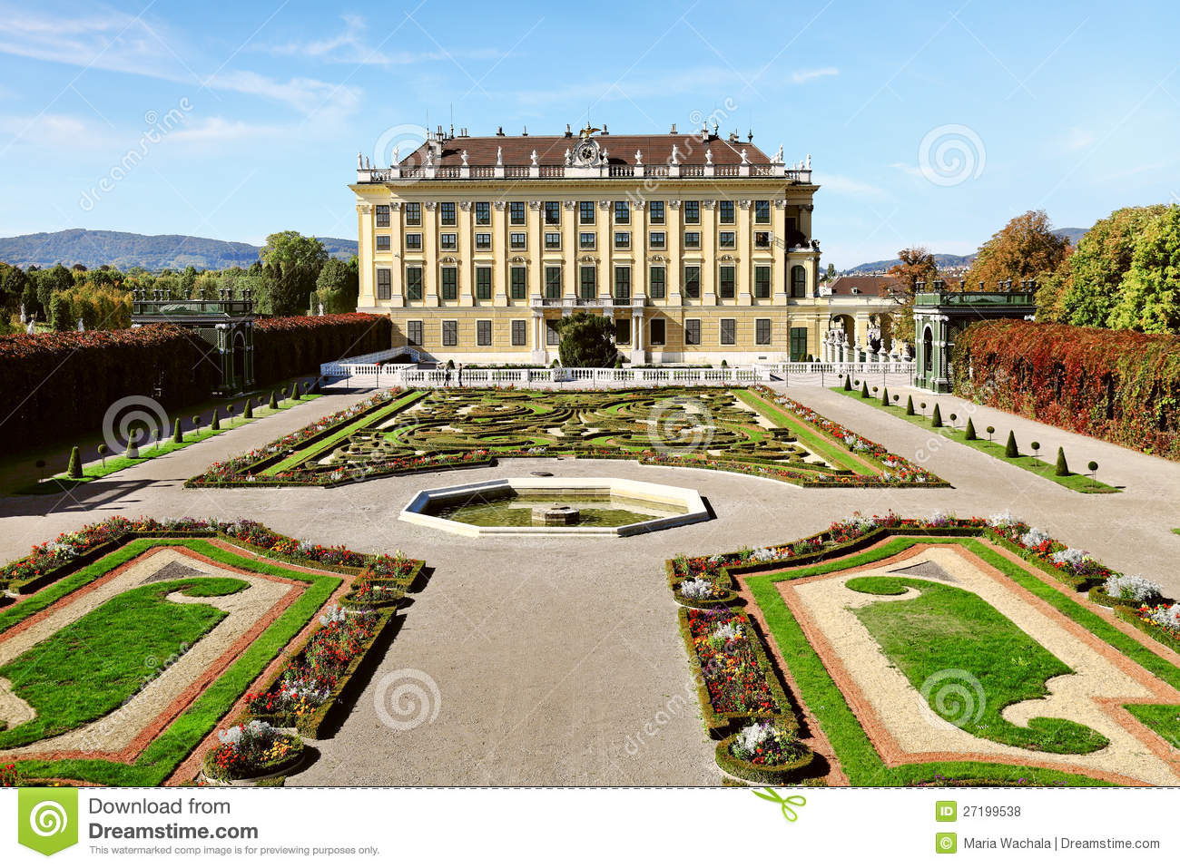 Schonbrunn Palace In Vienna, Austria Royalty Free Stock Photos.