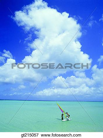 Picture of sea, horizon, horizontal line, sky, cloud, windsurfing.