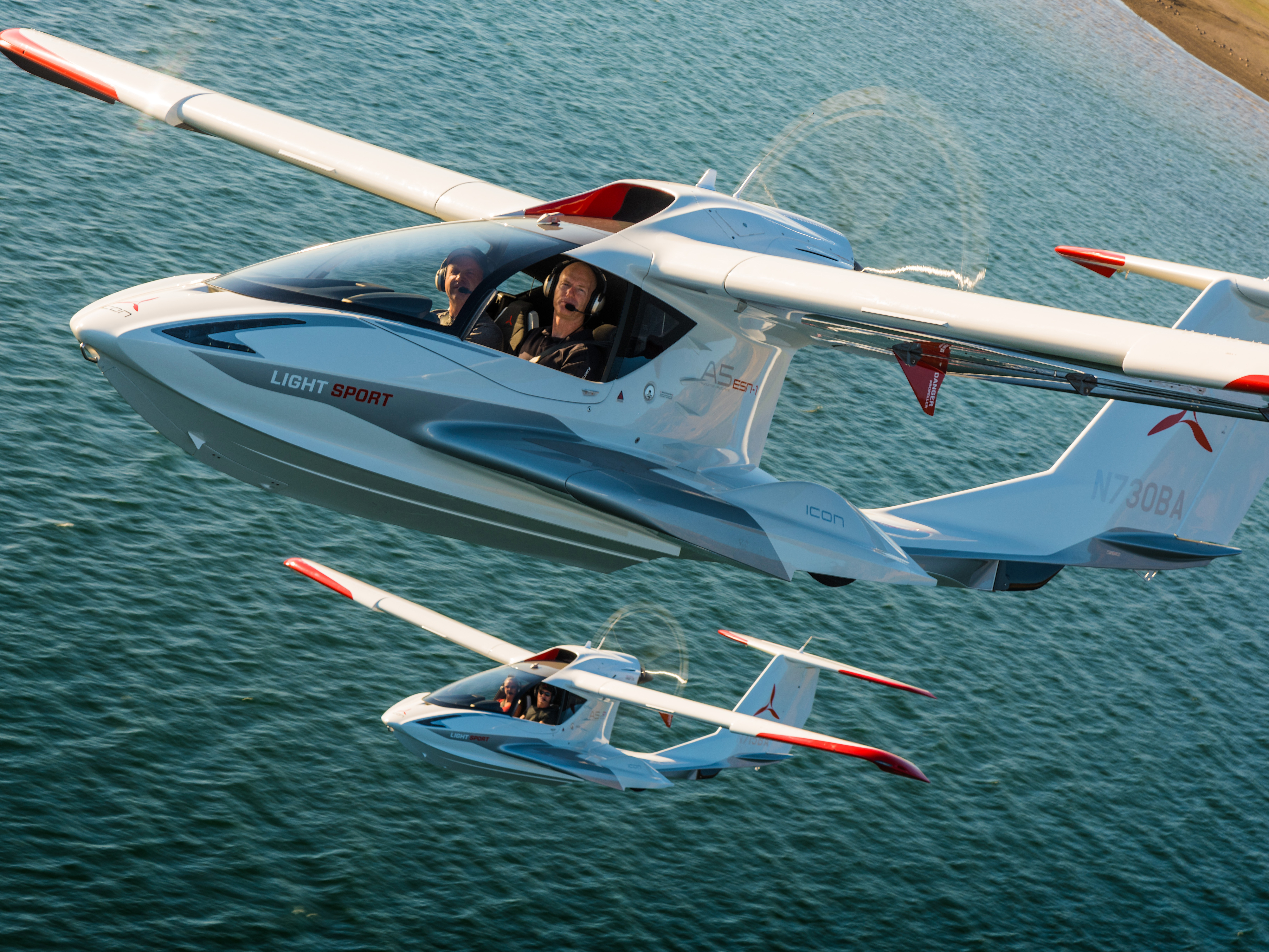 fly a personal seaplane NYC.