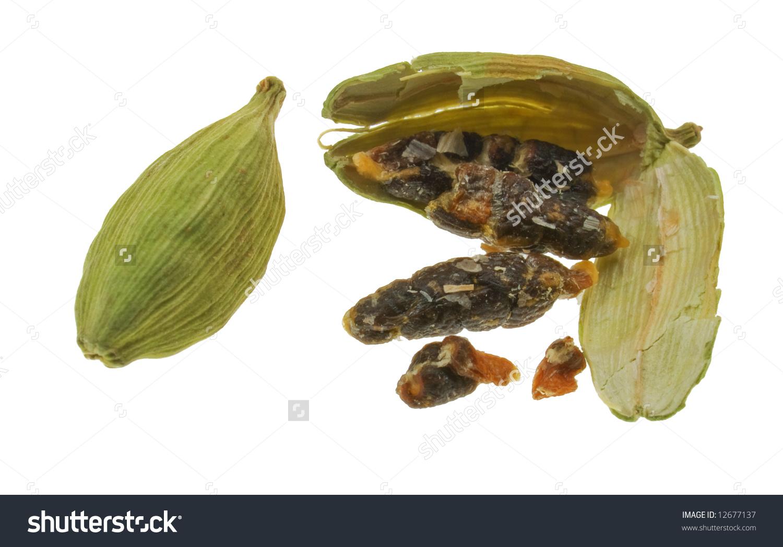 Split Cardamom Pod Showing Seeds Stock Photo 12677137 : Shutterstock.