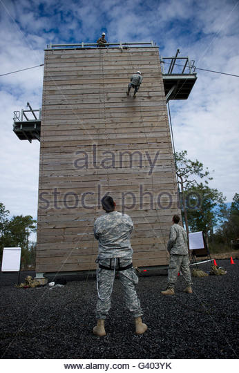 Soldier Climbing Rope Stock Photos & Soldier Climbing Rope Stock.