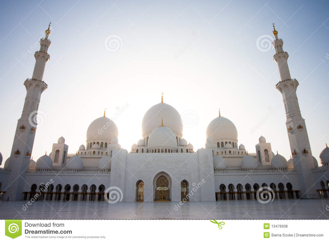Sheikh Zayed Mosque Abu Dhabi Stock Photos, Images, & Pictures.