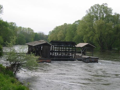 1000+ images about water mills/water wheels on Pinterest.