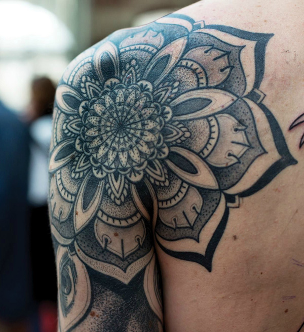 55 Outstanding Shoulder Tattoo Designs.