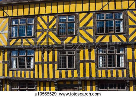 Stock Photograph of England, Shropshire, Ludlow, A half.