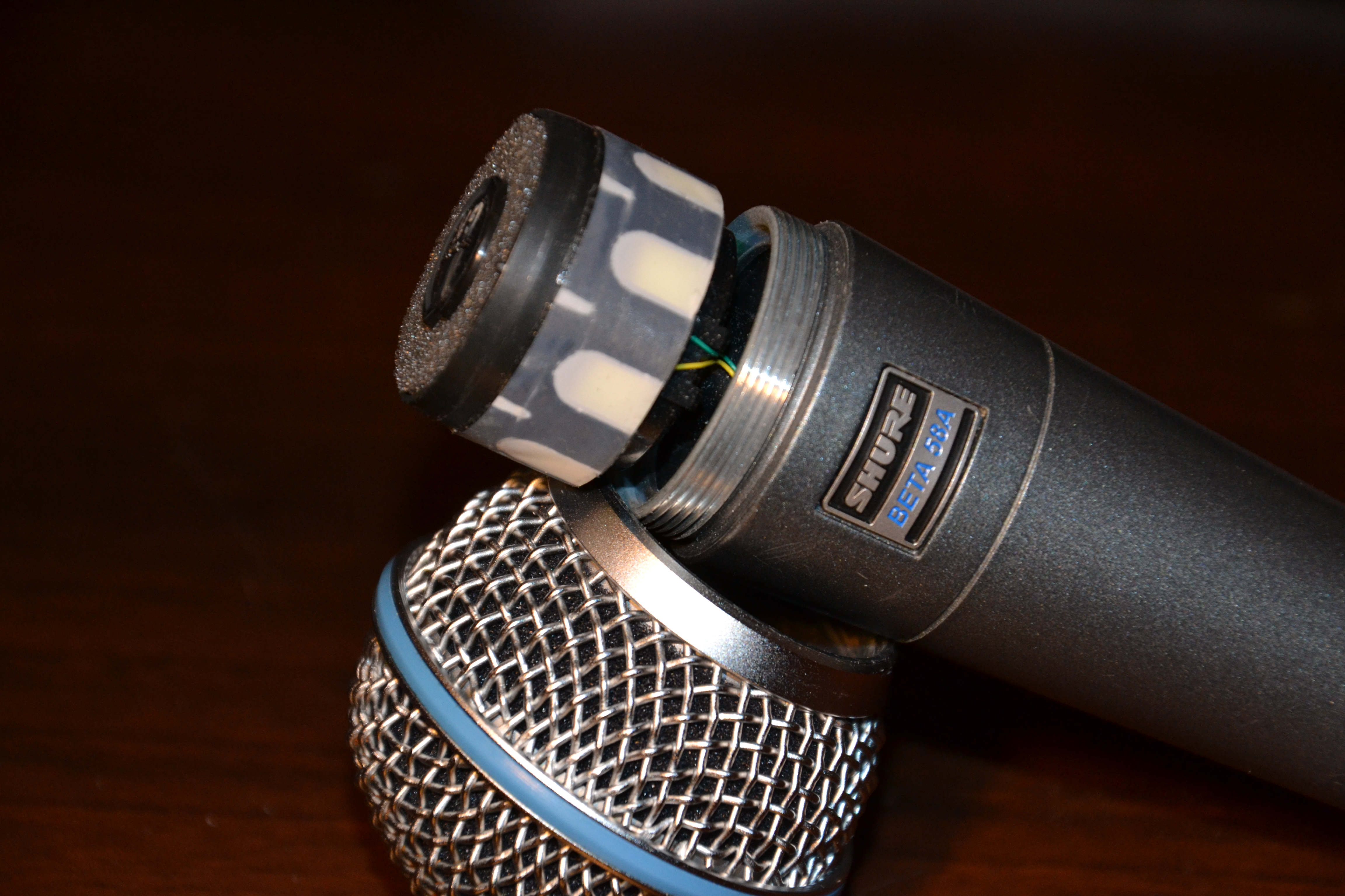Shure Beta 58A Vocalsingyaourting Images