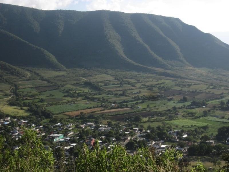 Jehuite: En la Sierra de Zongolica.