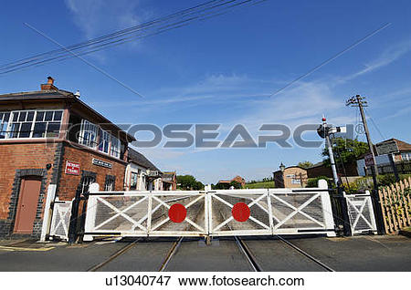Picture of England, Somerset, Blue Anchor. The level crossing and.
