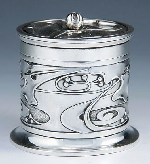 Silver box designed by Kate Harris for William Hutton & Sons, 1902.