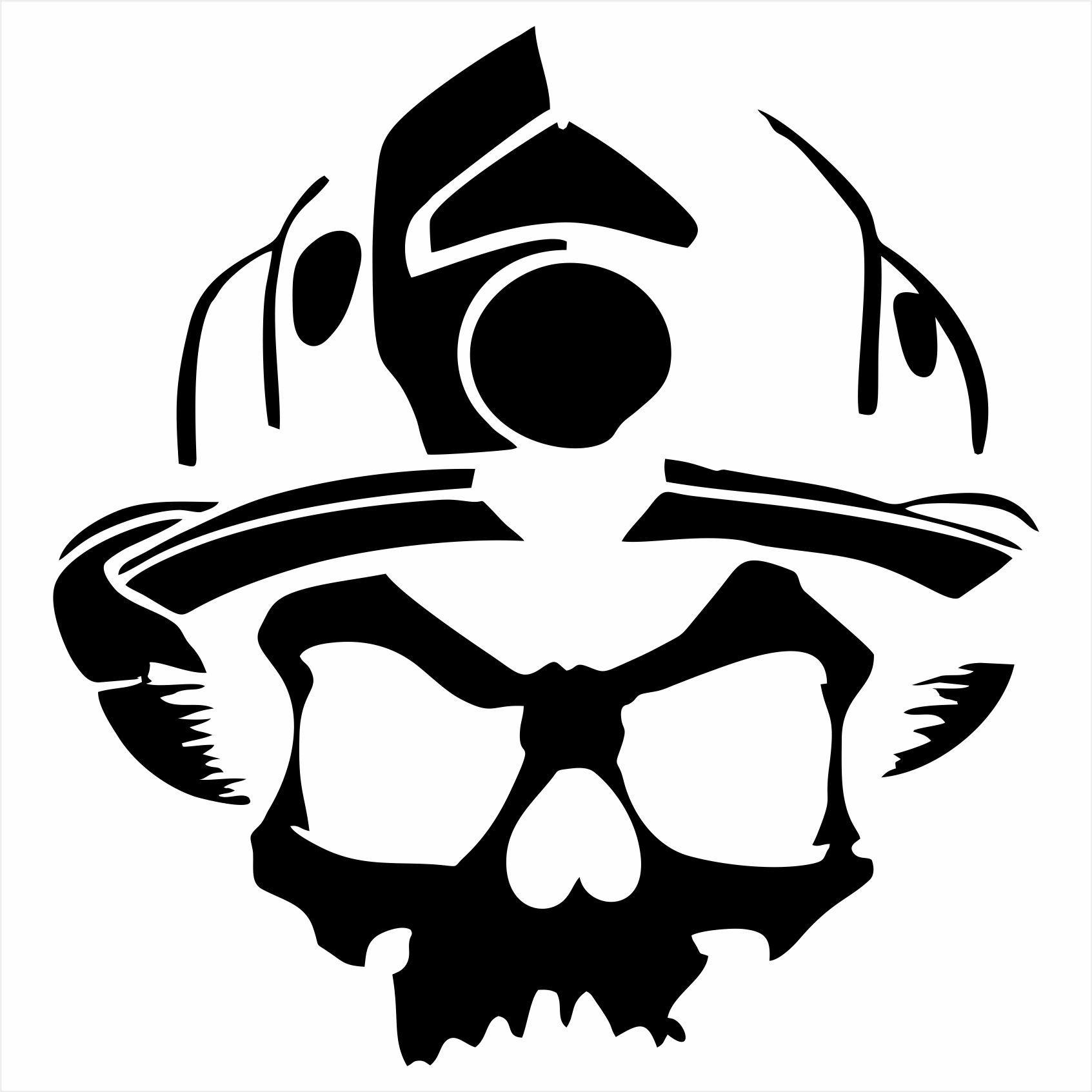 Firefighter Skull with Helmet\