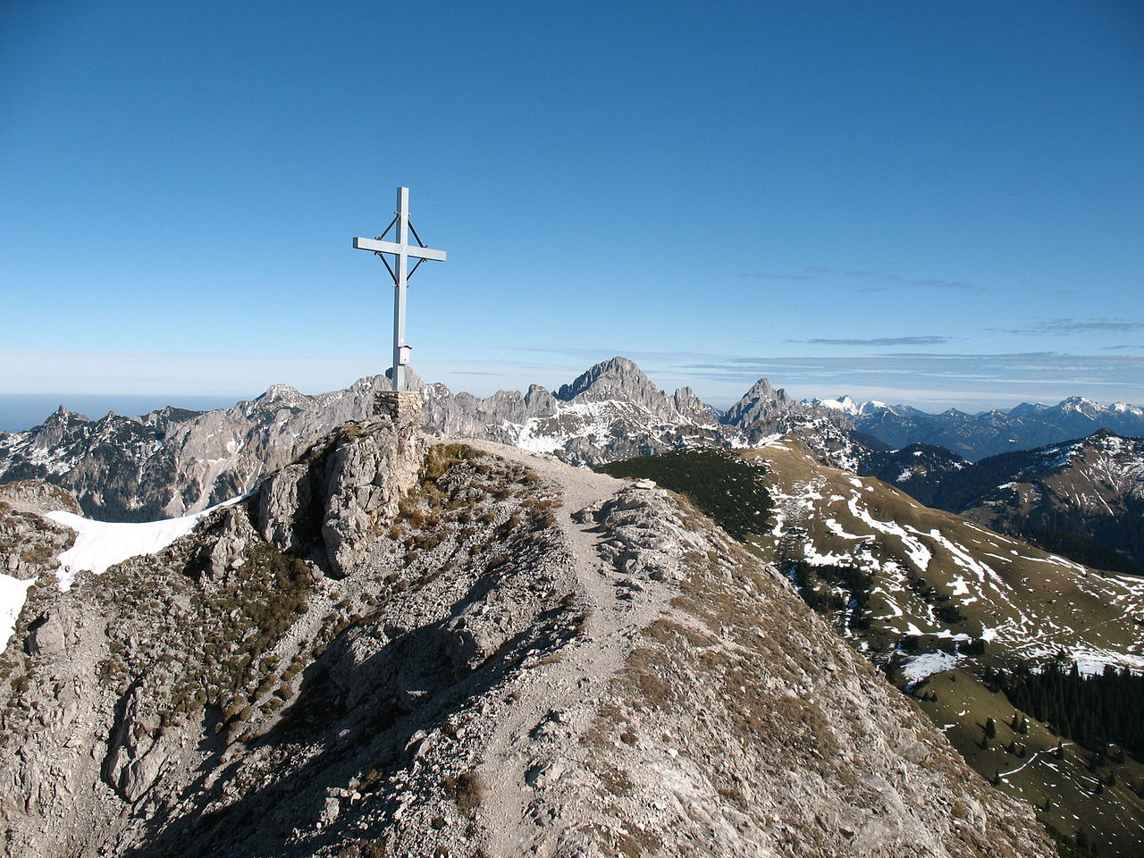 File:Litnisschrofen Gipfel.JPG.